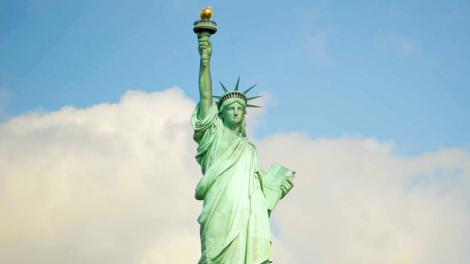 Die Freiheitsstatue, eines der Wahrzeichen von New York City