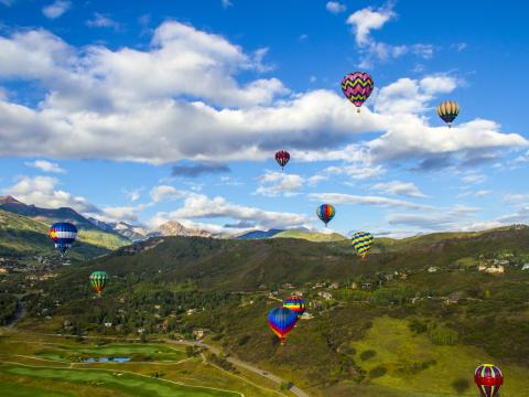 Heißluftballons auf dem Snowmass Balloon Festival