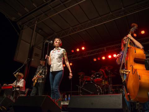 Auf der Bühne beim kostenlosen Festival Best of the Bayou