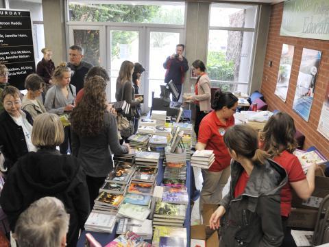 Eifrige Leser auf dem Tucson Festival of Books