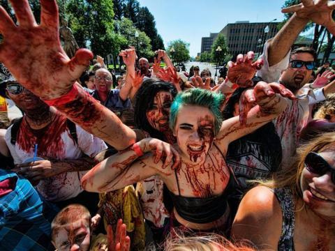 Gruselstimmung auf dem Zombiefest