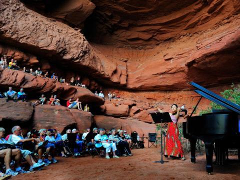Natürliche Freiluftbühne beim Moab Music Festival