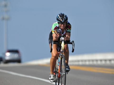 Teilnehmer am Rad-Event Katie Ride for Life auf Amelia Island, Florida