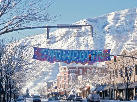 Das Winterfestival Snowdown in Durango: Mittagessen, Unterhaltung und eine Lichterparade