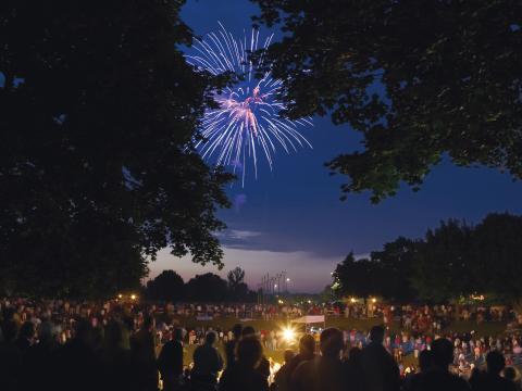 Feuerwerk erhellt am 4.Juli den Himmel über Kohler