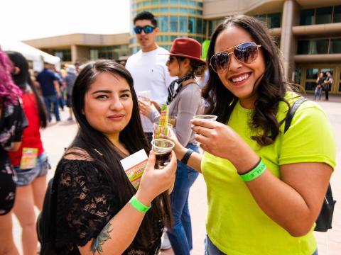 Bierverkostung beim Sun City Craft Beer Fest in El Paso, Texas