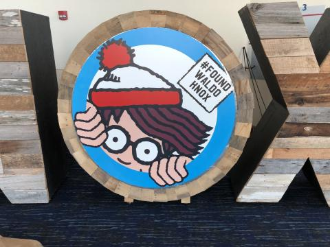 """Einer der """"Waldos"""", die im Rahmen der Where's Waldo Scavenger Hunt in Knoxville, Tennessee, aufgespürt werden müssen"""