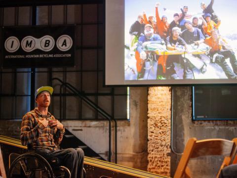Ein Sprecher beim Arkansas Bike Summit in Bentonville