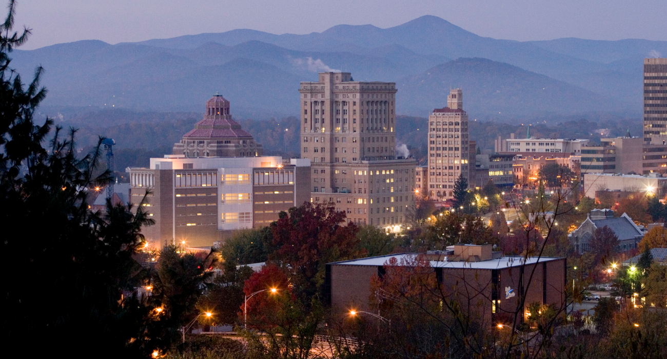 Asheville North Carolina Kleine Stadt In Den Bergen Ganz Groß