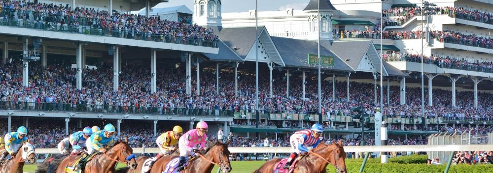 Das Kentucky Derby auf der Pferderennbahn Churchill Downs in Louisville, Kentucky