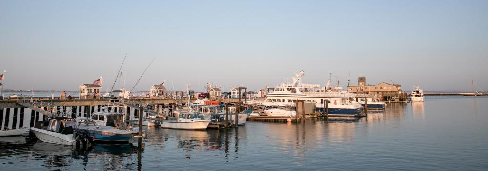 Boote am MacMillan Pier in Provincetown, Massachusetts